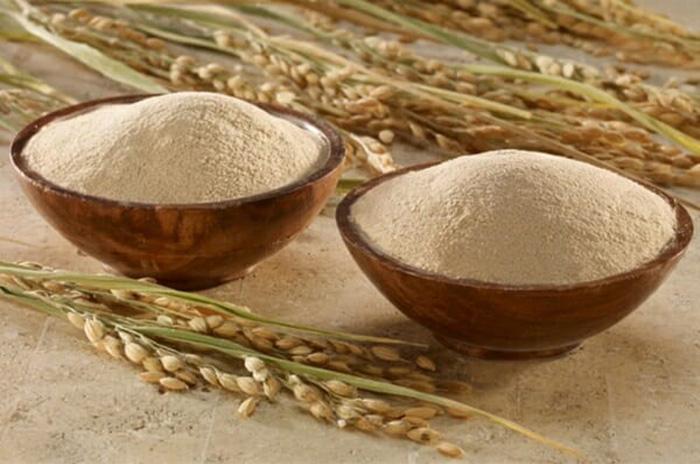 Cám gạo là một nguyên liệu phổ biến trong làm trắng
