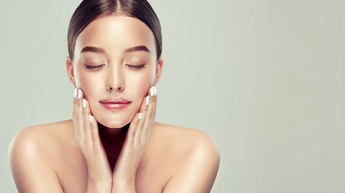 Massage mặt giảm nếp nhăn