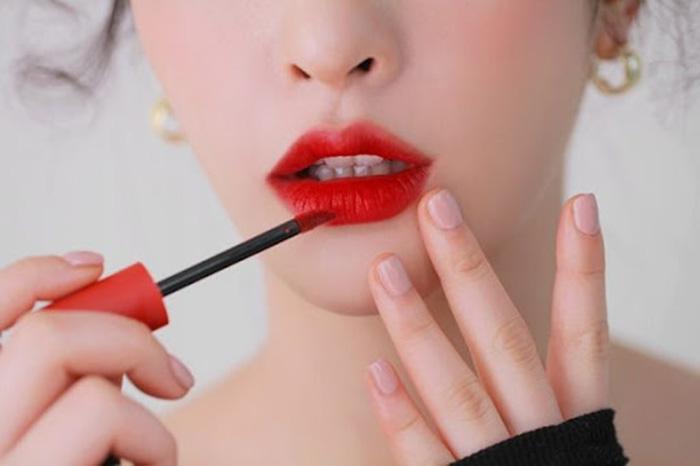 Cách chọn son môi cho da trắng sáng